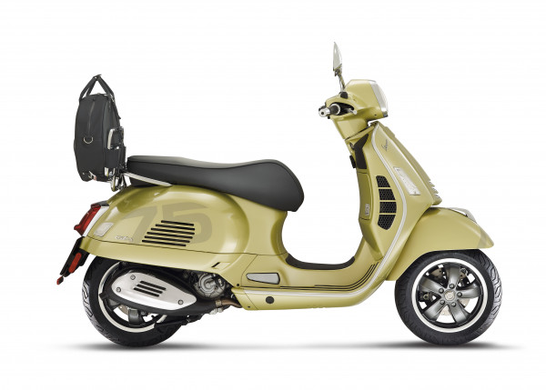 Vespa GTS 300 Super Tech 75th Anniversary E5